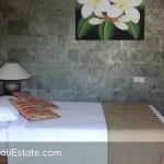 Dijual-Villa-di-Batubelig-Seminyak-Bali-20